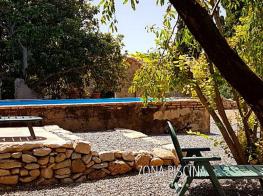 abadia-santes-creus-piscina.png