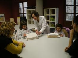 foto 10 - nens sala tallers(1)_1.JPG