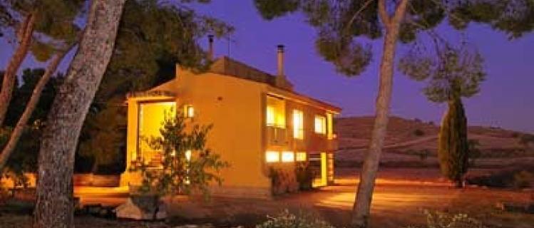 Cal Canela- Habitatge d'ús turístic HUTL 753-765