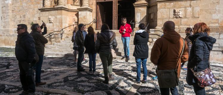 Campaña 2x1: calçotada y visita guiada en Montblanc hasta el 25 de marzo