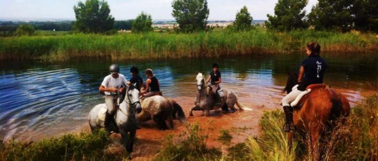 Équitation Obrint Camí a les Puelles