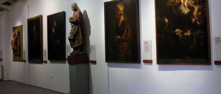 Museo de arte frederic marés (sección monográfica del museo comarcal)
