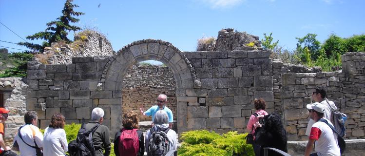 Visita guiada al conjunt medieval de Conesa