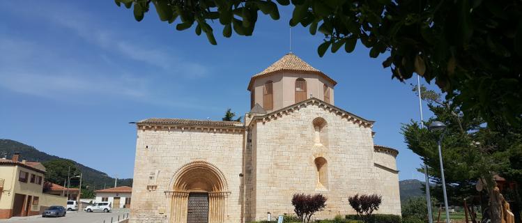Visita guiada a l'església romànica i al casc antic del Pla de Santa Maria
